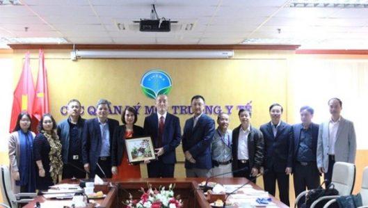Cục Quản lý môi trường y tế làm việc với Tổ chức Y tế thế giới (WHO)
