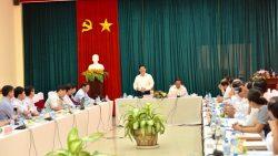 Thứ trưởng Bộ Y tế tìm hiểu nguyên nhân tỷ lệ bệnh nhân mù mắt cao tại Vĩnh Châu, Sóc Trăng