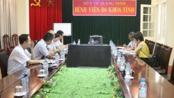 Cục Quản lý môi trường y tế kiểm tra việc thực hiện quản lý nước sạch và vệ sinh môi trường tại Bệnh viện Đa khoa tỉnh Quảng Ninh.