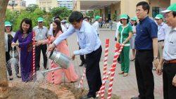 Mít tinh hưởng ứng ngày môi trường thế giới 5/6 và chương trình mục tiêu quốc gia nước sạch